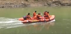 Penyisiran ke selatan menuju muara Sungai Bogowonto. (Wid)